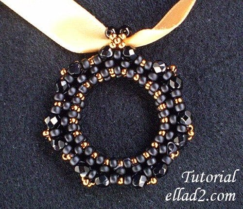 Beading-Tutorial-Elegant-black-pendant-by-Ellad2